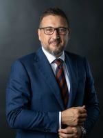 Dennis Simic - Real Estate Agent