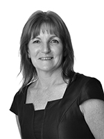 Karen Wardle - Real Estate Agent