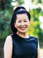 Helen Yan - Real Estate Agent