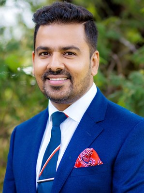 Sam Arora - Real Estate Agent