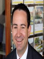 Damian Kearns - Real Estate Agent