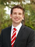 Tom Kurtschenko - Real Estate Agent