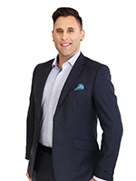 Andrew Oxm - Real Estate Agent