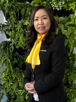 Chantelle Hoang - Real Estate Agent
