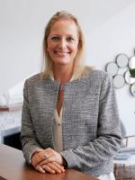 Annika Wood - Real Estate Agent