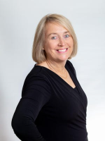 Linda Carey - Real Estate Agent