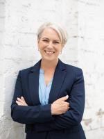 Sarah Thompson - Real Estate Agent