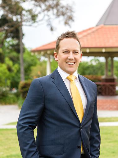 Jonathon Eaves - Real Estate Agent