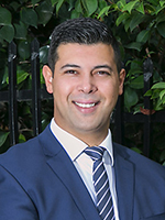 Chris Manolopoulos - Real Estate Agent
