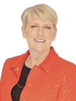 Tina Ball - Real Estate Agent