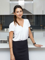 Natasha Khoury - Real Estate Agent