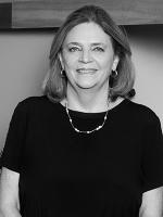 Donna Fischer - Real Estate Agent