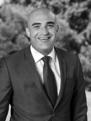 Nazih Abbouchi - Real Estate Agent