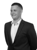 Eon Dyson - Real Estate Agent