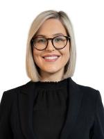 Julia Warren - Real Estate Agent