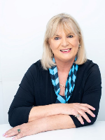 Diana Cresswell - Real Estate Agent