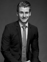 Ronan Chastain - Real Estate Agent