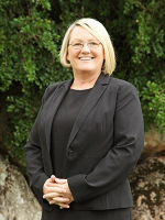 Joanne King - Real Estate Agent