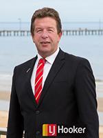 Geoffrey Smith - Real Estate Agent