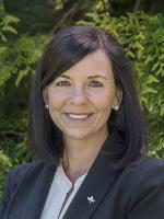 Rebecca Stepnell - Real Estate Agent