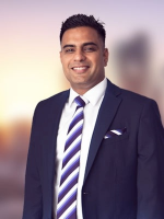 Ravi Kapoor - Real Estate Agent