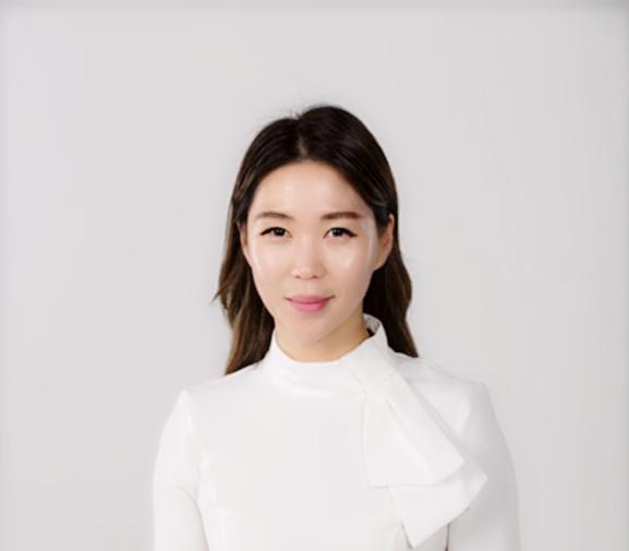 Hanna Kim - Real Estate Agent