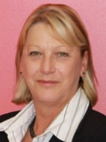 Christine Curry - Real Estate Agent
