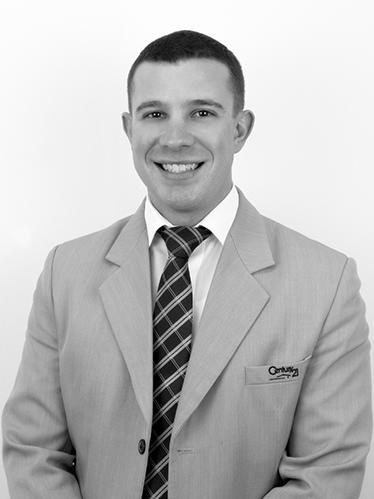 Matthew Handberg - Real Estate Agent