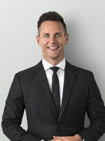 Simon Harrison - Real Estate Agent