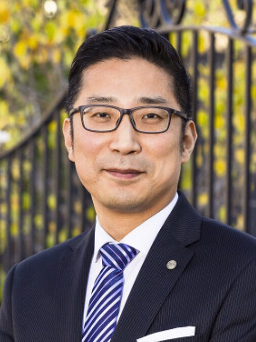 Lawrence Zhu - Real Estate Agent