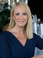Lisa Novak - Real Estate Agent