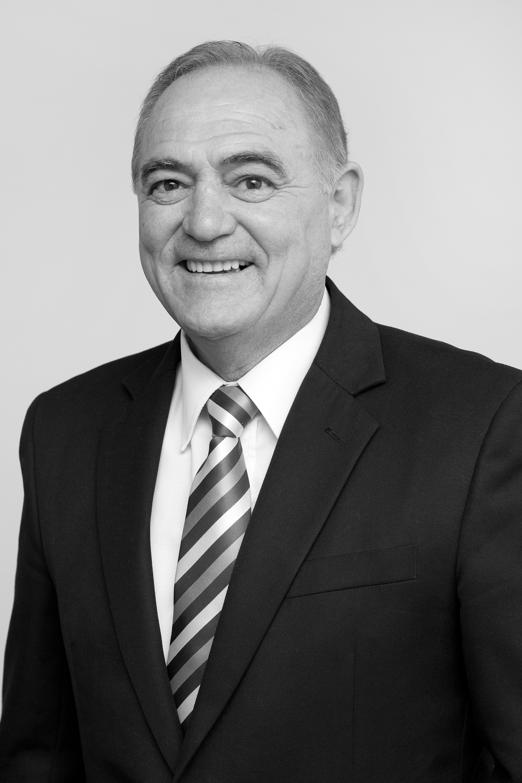 OpenAgent, Agent profile - Robert Pisani, Ray White Thompson Partners - Gorokan