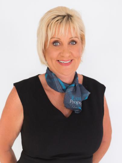 OpenAgent, Agent profile - Maxine Richardson, Explore Property - Mackay