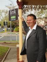 OpenAgent, Agent profile - Mark Hawkins, Link Real Estate - ALBURY