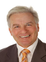 OpenAgent, Agent profile - Michael Domingo, Phil McMahon Real Estate - Glenelg North