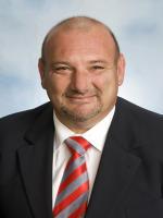 OpenAgent, Agent profile - Nick Makris, Barry Plant - Glen Waverley