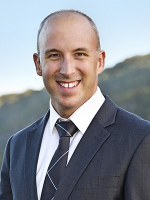 OpenAgent, Agent profile - Paul Witney, LJ Hooker - Bateau Bay