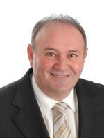 OpenAgent, Agent profile - Denis Basile, Woodards - Thornbury