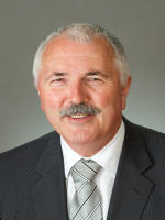 OpenAgent, Agent profile - Wayne Hall, First National - Traralgon