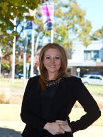 OpenAgent, Agent profile - Chelsey Gibson, McEwing Partners - Mount Eliza