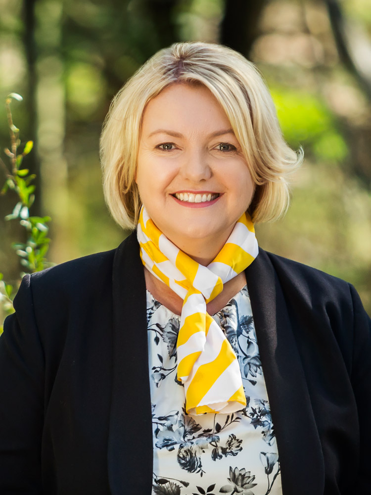 OpenAgent, Agent profile - Narelle King, Ray White - Plenty