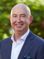 OpenAgent, Agent profile - Shane Hicks, Place - Bulimba