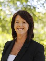 OpenAgent, Agent profile - Sue Moss, Zelle Estate Agents - Albury