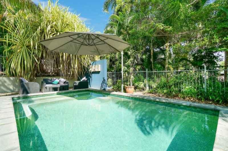 australian backyard pool