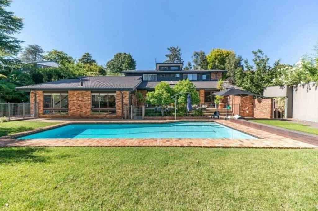 home in orange with pool